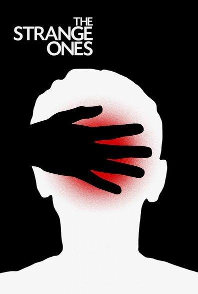 უცნაურები / The Strange Ones